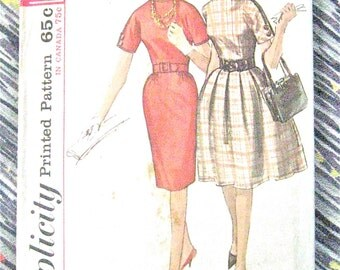 Vintage Early 1960s Simplicity 5023 Sewing Dress Pattern  Bust 34 inches