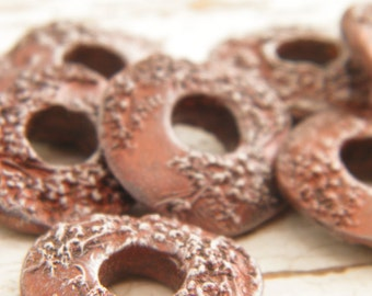 Frosted Copper - Queen Anne's Lace rustic boho chic painted pressed flower donut link bead (ready to ship)