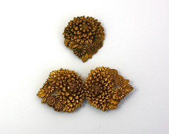 Vintage 30s Celluloid Brooch & Belt Buckle Gold Floral 2 piece set