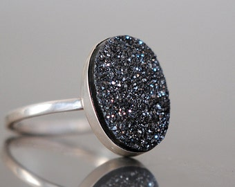 Druzy Ring, Black Druzy, Oval Drusy, Sterling Silver, Drussy, Drusy, Statement Ring, Handcrafted, Round, Iridescent, Quartz.