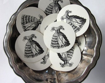 Vintage Dress Tags Round Paper Gift Tags Set of 10