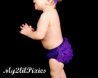 Purple baby Bloomer, ruffle diaper cover, newborn bloomer, Ruffle bottom bloomer, purple diaper cover, newborn photo prop- Ready to ship