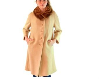 50s Womens Vintage Wool Coat / Beige Boucle Wool Trapeze Coat Mink Collar 50s Princess Coat Winter Coat 3/4 Kimono Bell Sleeves S / M
