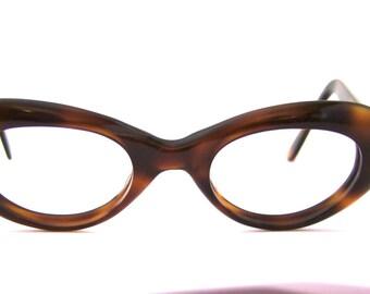 Stunning 1950s Cats Eye Eyeglasses // 50s Vintage frames // Tortoisehell