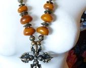 STATEMENT NECKLACE -  Vintage double Dorjé - Tibetan amber necklace