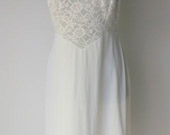 Vintage Vanity Fair Lace Slip Dress 36 S