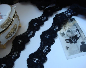 "25 yards 1 1/2"" width ( 38 mm ) beautiful shimmery scalloped stretch black lace trim"
