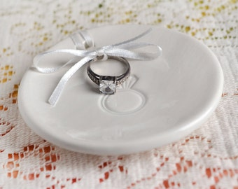 White Ceramic ring keeper, pillow alternative