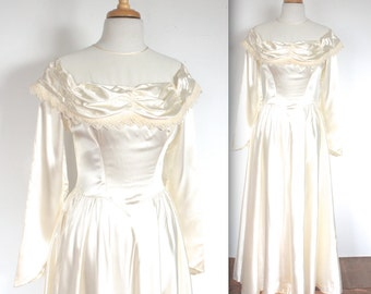 Vintage 1940's Dress // 40s Ivory Satin Wedding Dress // 40s Bride // DIVINE