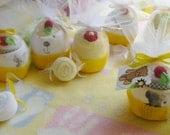 Little Lamb..Bear..Bunny..Giraffe..Baby Shower Gifts..Onesie Cupcake..Bib/Wahcloth Cupcake.Baby Washcloth Candy..Bundle of 3 Gifts