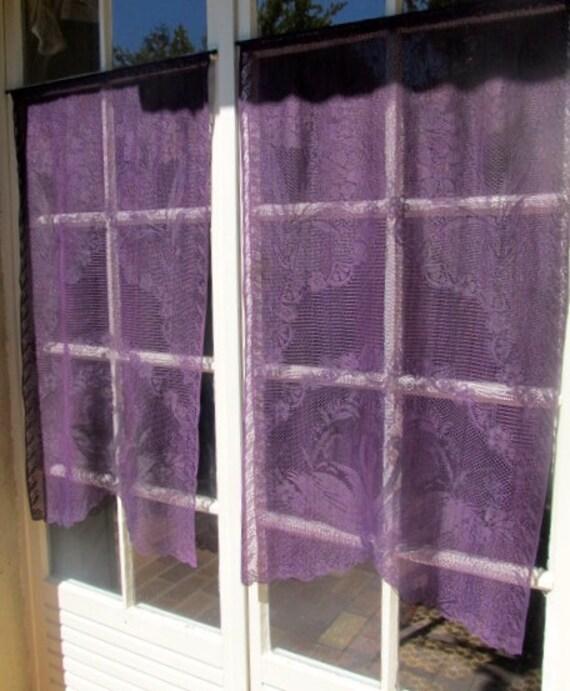 rideaux de dentelle aubergine paire swan fran ais rideaux. Black Bedroom Furniture Sets. Home Design Ideas