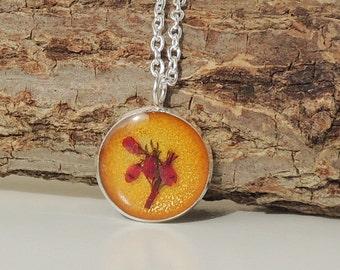 SALE: Gold & Red Heather Pendant, Real Flower Resin Jewelry, Flower Jewelry, Botanical Jewellery, Heather Jewelry Jewellery, UK (807)