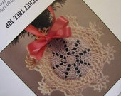 Vintage Victorian Holiday Decorations To Knit & Crochet  Simplicity 0497 Tree Topper Ornament Tree Skirt Afghan Stockings Booklet