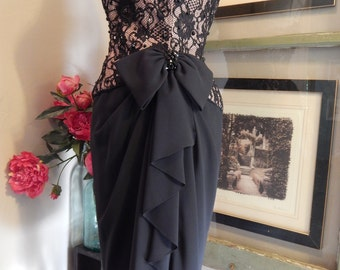 Oh So Sexy- A.J.BARI  --Vintage 50s Corset --Black Lace and Beaded Party Dress----Stunning