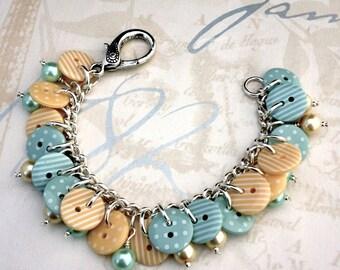 Mint button bracelet - pastel mint bracelet - spotty button bracelet