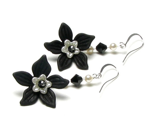 Black And White Flower Earrings, Jet Black Swarovski Crystal Ivory Pearl Silver Dangle Earrings, Classic Wedding Bridal Jewelry, Long Drops