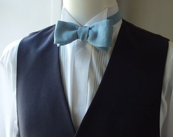 Bow Tie - compact size - Linen Bow Tie, petrol blue colour, freestyle, mens bowtie.