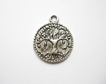 8 Round Tree Charms in Silver Tone - C1516