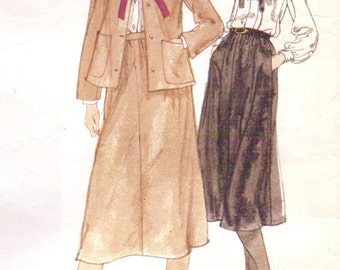 1970s Christian Dior Womens Above Hip Jacket, Blouse and A Line Skirt Vogue Paris Original Sewing Pattern 1843 Size 10 Bust 32 1/2