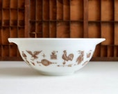 Vintage Pyrex Early American Large White with Brown Cinderella Mixing Bowl