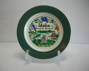 Idaho Gem of the Mountains 1955 Homer Laughlin Vintage Green and Gold Transferware Plate, State Tourist Souvenir Transferware Plate