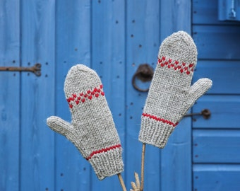 Womens Wool Mittens, Winter Mittens, Knitted Gloves, Grey Mittens, Undyed Wool, Winter Gloves