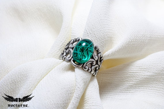 Gothic Ring with Emerald Green Stone - Silver Plated Ornate Ring - Victorian Gothic Jewelry