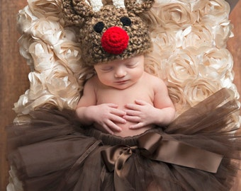 Reindeer Hat Baby Boy or Baby Girl  Photography Prop Sizes Preemie, Newborn, 0-3 months, 3-6 months
