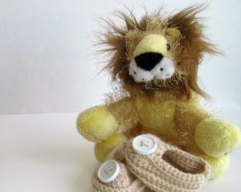 Crochet Baby Booties - Tan with White Buttons - Newborn to 3 Months