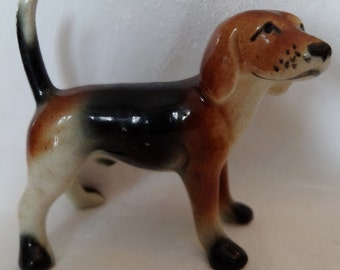 Figurine vintage china beagle dog