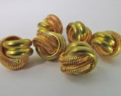12 Vintage 10mm Brass Coiled Wire Love Knot Beads Bd1420