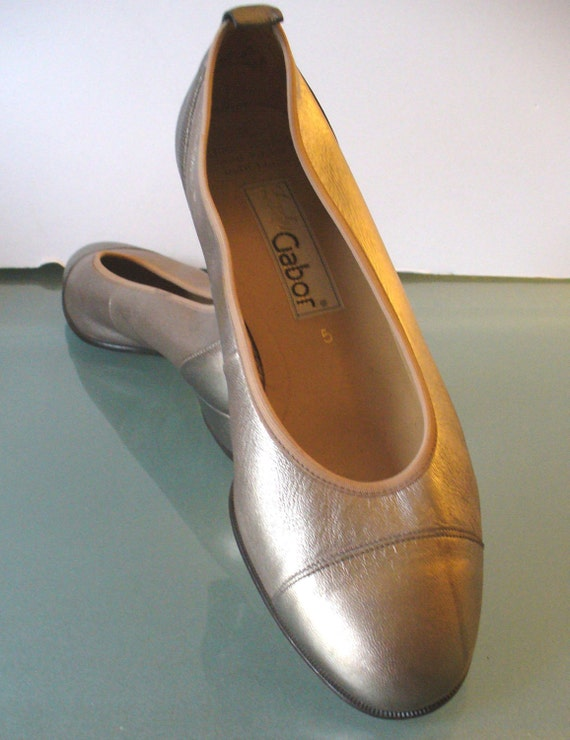 Lady Gabor Made In Austria Metallic Bronze Ballet Flats