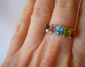 14K Yellow Gold 5 Oval Gem Stones Band Ring  Size 6 3/4
