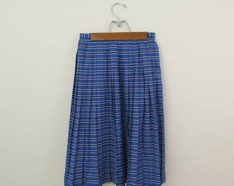 On Sale Vintage 1980s Preppy Pleated Skirt in Blue Nautical Stripes - XSmall by Windsmoor