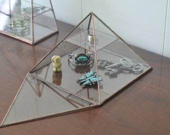 Vega Pyramid Display Box - glass pyramid - jewelry box - hinged - silver or copper - eco friendly