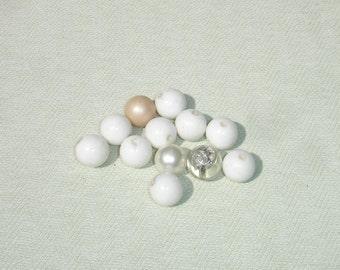 Extra Large White Glass Beads - 12 pcs - Jewelry making Supply