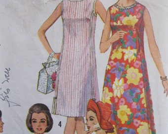 60s A-line Sleeveless Sundress with Round Neckline in Two Lengths and Sunhat Pattern. Simplicity 5455 Size 16 Bust 36 inches.