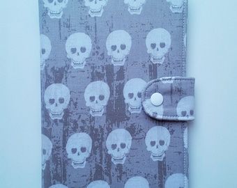 Standable Kindle Fire HD 7 inch iPad Mini Kindle Paperwhite cover Google Nexus 7 cover  Nook HD Tablet eReader Cover  Gray and white Skulls