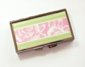 7 Day pill case, 7 Day pill box, Pill Container, Pill Case, 7 day, 7 section, Pill box, Floral, Flowers, Pink, Green, Rose (4186)