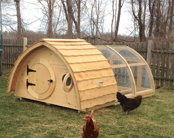 Hobbit Hole Chicken Coop + Attached Run for up to 6 birds; cedar and pine construction, hinged roof, ventilation windows