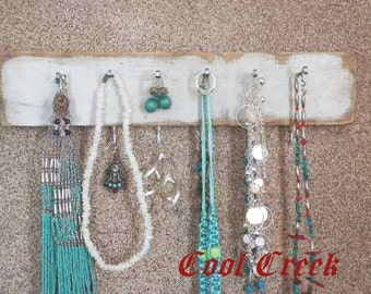 Distressed Jewelry Hanger..Country Rustic Organizer for Bedroom, Kitchen or Bath..Cap Hat Rack Key Towel Holder..Dorm Organizer