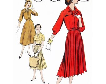 """1957 Pleated or Flare Skirt Summer Dress, Dart-fitted Bodice, Front Band Loops at Neckline to Button, 2 Sleeve Options, Vogue 9277, Bust 34"""""""