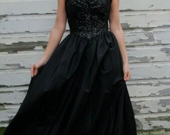 50s 60s Vintage Black Swan Princess Gown