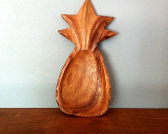 Small Vintage Monkeypod Wooden Pineapple Tray