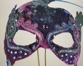 Purple Masquerade Mask//Masquerade Mask Purple//Masquerade Mask//Mask Masquerade//Masquerade//Mask//Halloween Masquerade Mask//Mardi Gras
