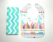 NYC Bib and Burp Cloth Set / New York baby / NYC / NYC Skyline / baby gift set/