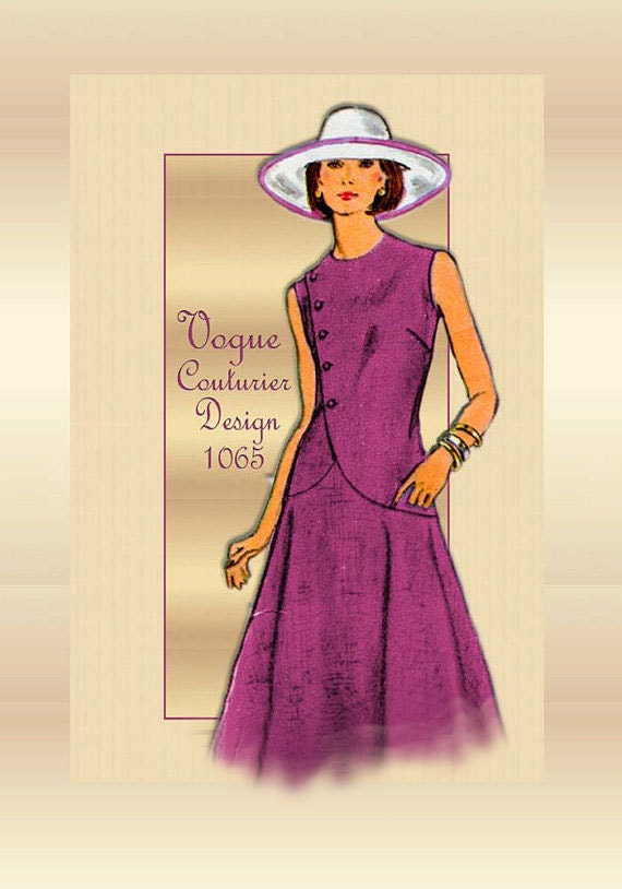 1970s Sewing Pattern Vogue 1065 Couturier Dress by Designer Alberto Fabiani Unused Factory Folded Bust 34