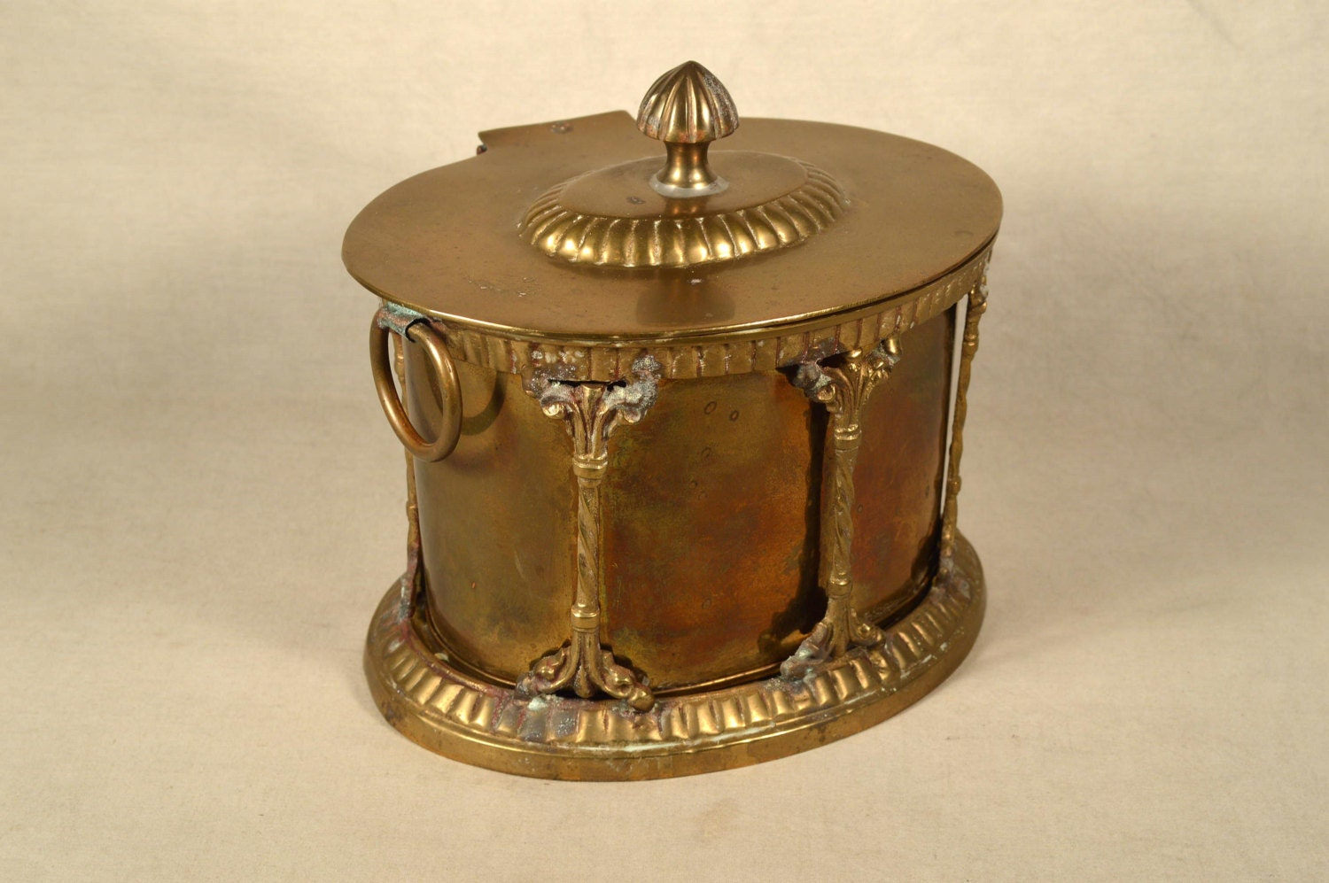 Brass tea caddy container box hand crafted hollywood regency for Decorative crafts inc brass