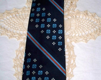 1970s McCurdy's Men's Tie - Red Blue & White Graphic Pattern - Wide Width