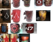 Custom Vegetable Tanned Leather Wrist Cuff - Legend of Zelda / Assassin's Creed / Mass Effect / Wonder Woman / Final Fantasy